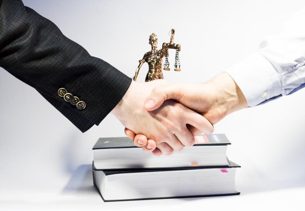 juridichjeskaja poddjerzhka put k uspjekhu v prjedprinimatjelskoj djejatjelnosti 1