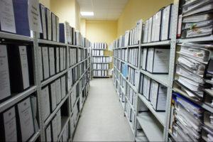 Услуга хранения имущества и документов: что делать в случае порчи
