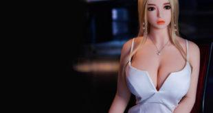 Секс-шоп: куклы для фантазии, современный подход.